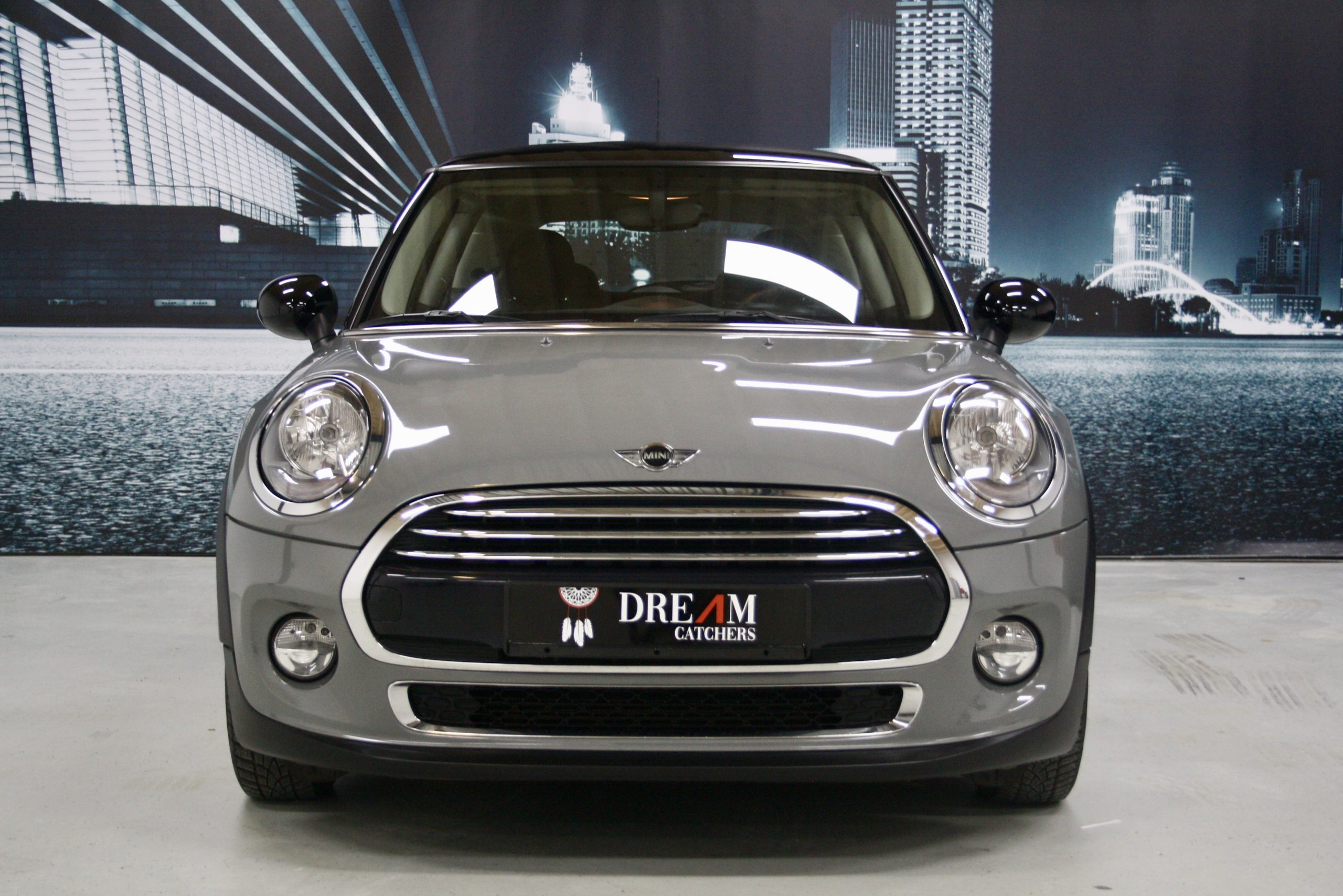 Mini 1.5 Cooper 3drs 2016  Moonwalk Grey Airco/LM velgen full